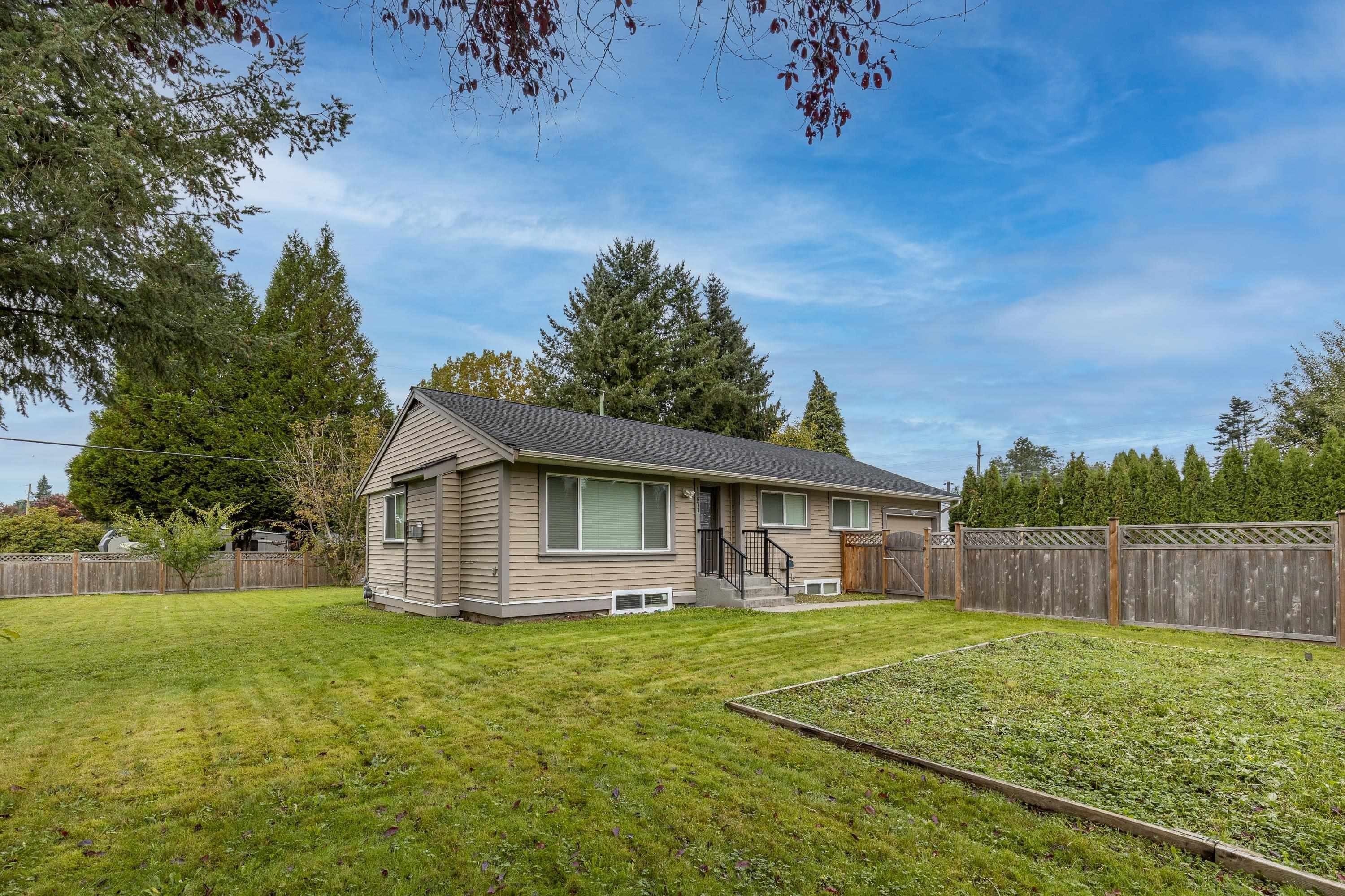 Main Photo: 11971 220 Street in Maple Ridge: West Central House for sale : MLS®# R2624040