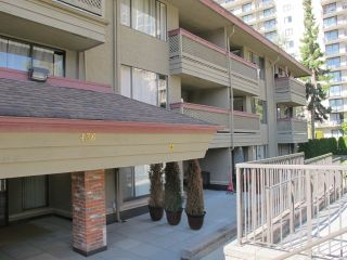 Photo 1: 212 436 SEVENTH Street in New Westminster: Uptown NW Condo for sale : MLS®# R2209453