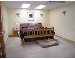 """Photo 9: 2055 MAMQUAM Road in Squamish: Garibaldi Estates House for sale in """"GARIBALDI ESTATES"""" : MLS®# V766913"""