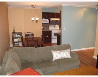 """Photo 2: 301 1210 PACIFIC Street in Coquitlam: North Coquitlam Condo for sale in """"GLENVIEW"""" : MLS®# V685896"""