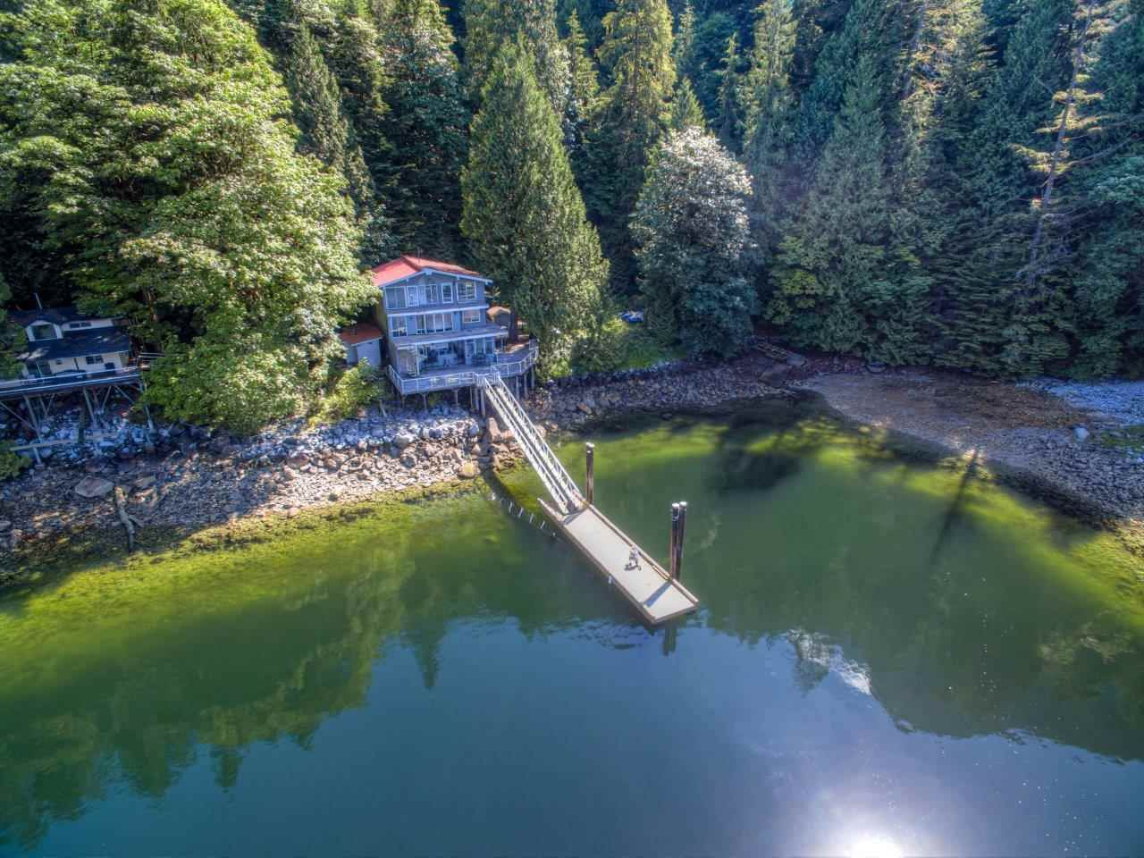 Main Photo: 20 E OF CROKER ISLAND in North Vancouver: Indian Arm House for sale : MLS®# R2471731