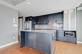 Photo 4: 1709 888 4 Avenue SW in Calgary: Downtown Commercial Core Apartment for sale : MLS®# A1109615