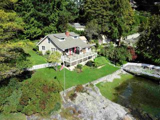 Photo 3: 4760 SINCLAIR BAY Road in Garden Bay: Pender Harbour Egmont House for sale (Sunshine Coast)  : MLS®# R2532705