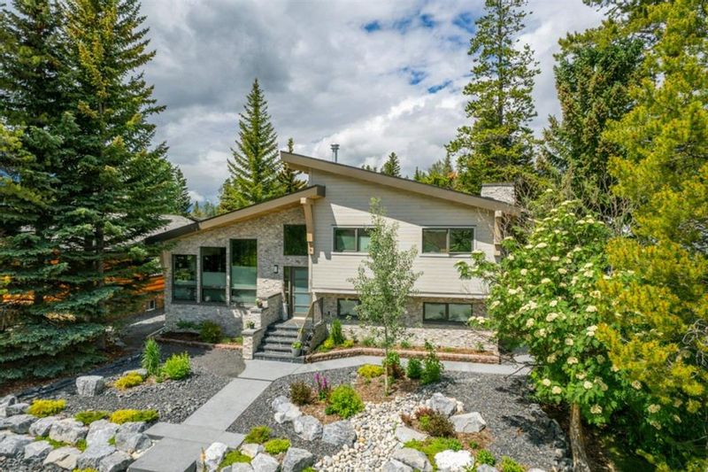 FEATURED LISTING: 1010 14th St Canmore