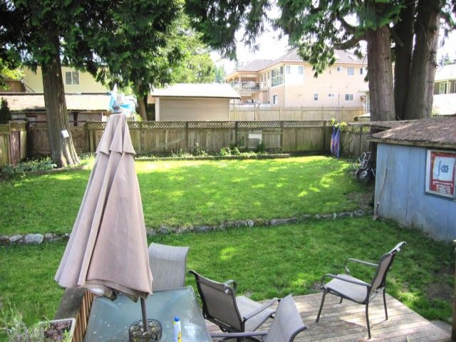 """Photo 12: Photos: 11790 97TH Avenue in Surrey: Royal Heights House for sale in """"ROYAL HEIGHTS"""" (North Surrey)  : MLS®# F1414651"""