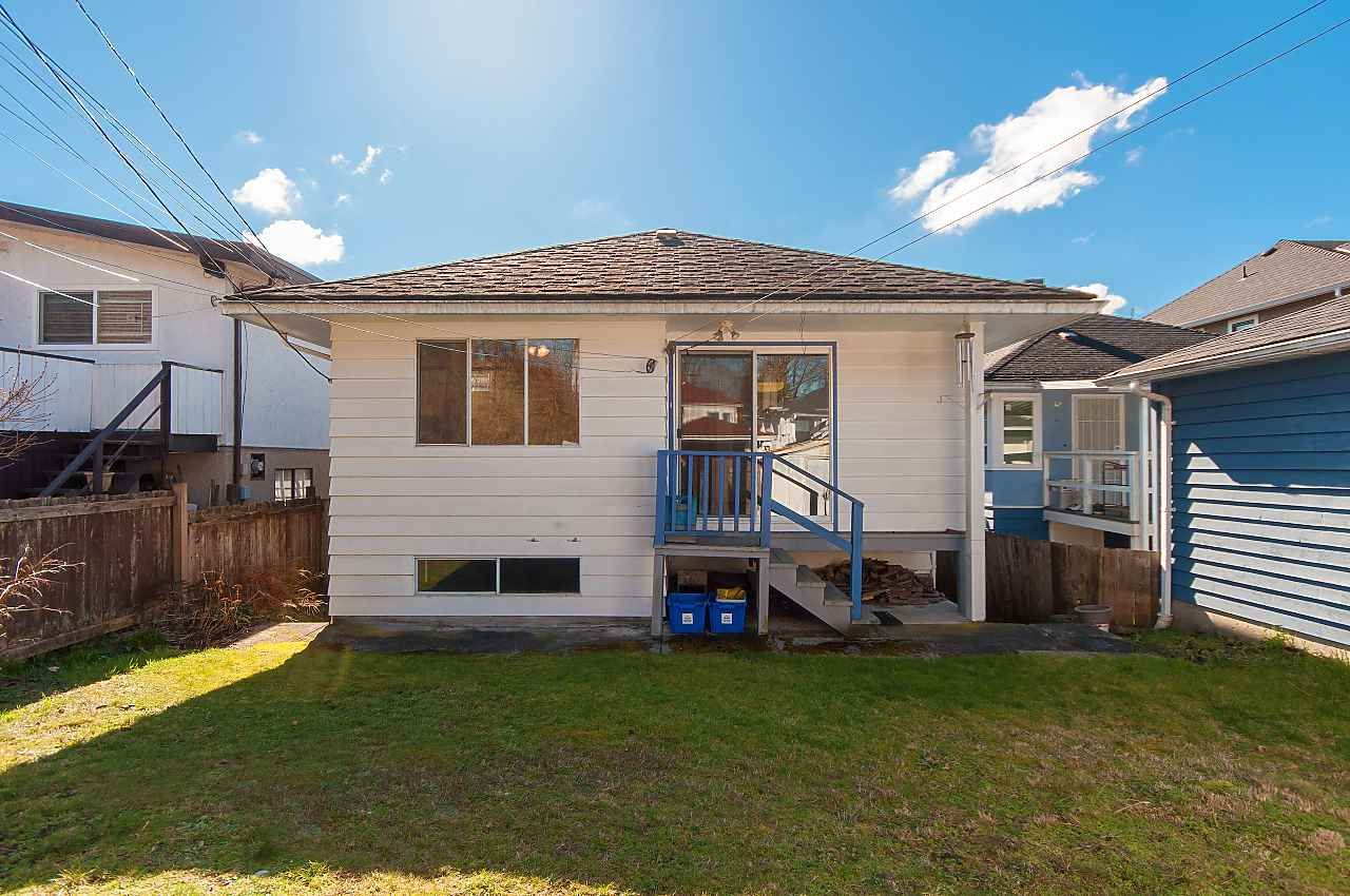 Photo 17: Photos: 1671 W 64TH Avenue in Vancouver: South Granville House for sale (Vancouver West)  : MLS®# R2347397