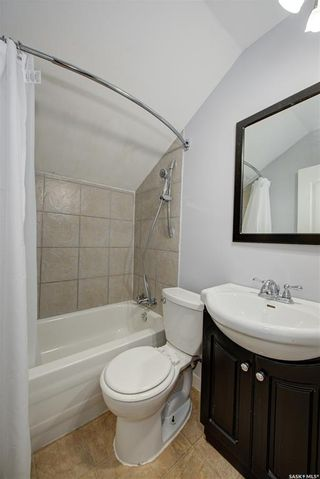 Photo 32: 703 J Avenue South in Saskatoon: King George Residential for sale : MLS®# SK856490