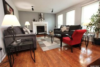 Photo 4: 134 Tobin Crescent in Saskatoon: Lawson Heights Residential for sale : MLS®# SK860594