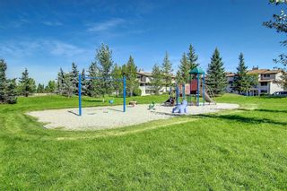 Photo 10: 828 200 Brookpark Drive SW in Calgary: Braeside Row/Townhouse for sale : MLS®# A1153541
