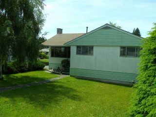 Photo 1: 8905 RUSSELL Drive in Delta: Nordel House for sale (N. Delta)  : MLS®# R2375818