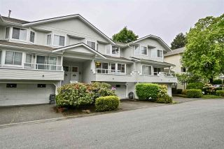 """Photo 2: 257 WATERLEIGH Drive in Vancouver: Marpole Townhouse for sale in """"SPRINGS AT LANGARA"""" (Vancouver West)  : MLS®# R2457587"""