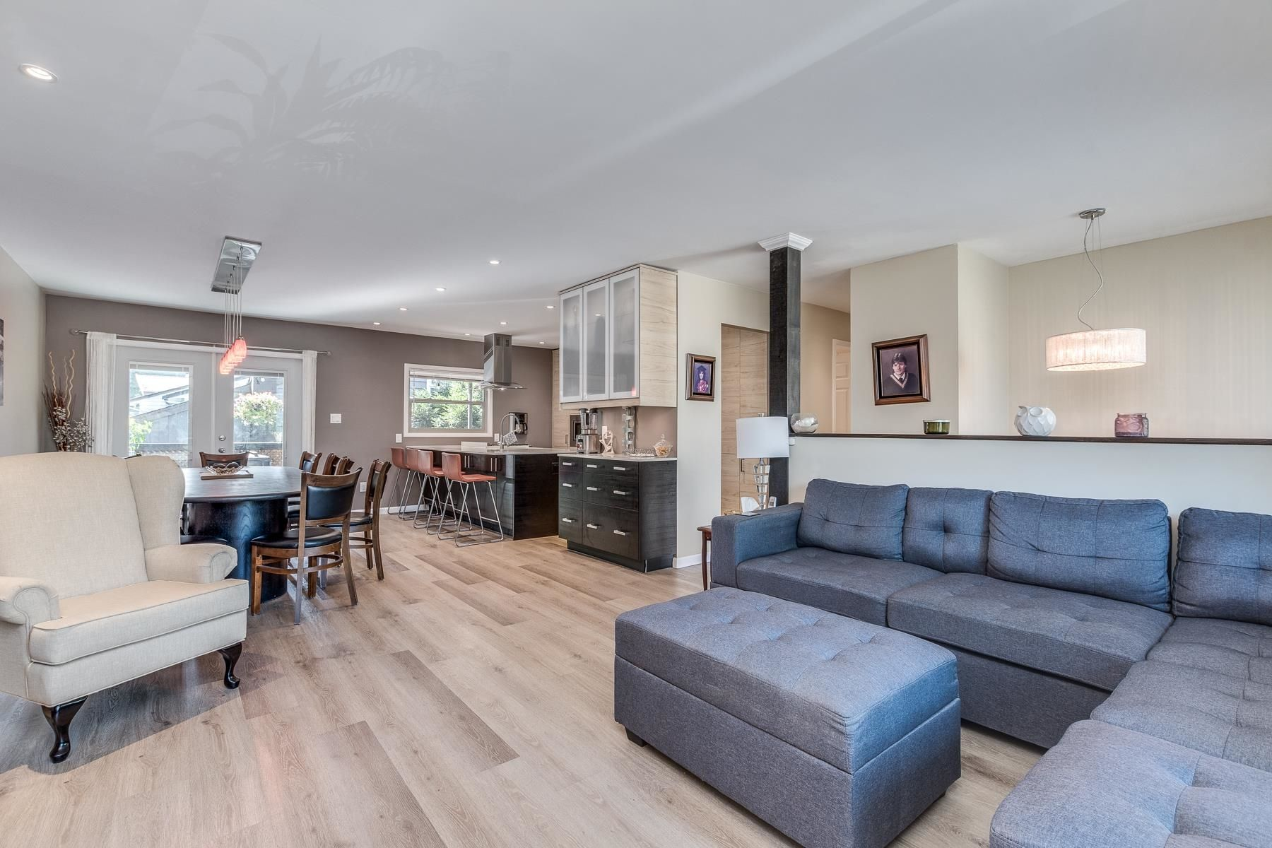 Photo 7: Photos: 3671 SOMERSET Street in Port Coquitlam: Lincoln Park PQ House for sale : MLS®# R2610216