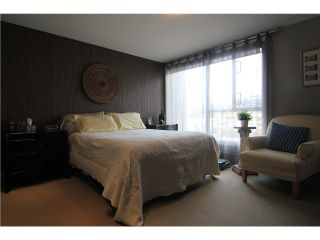"Photo 17: 704 410 CARNARVON Street in New Westminster: Downtown NW Condo for sale in ""CARNARVON PLACE"" : MLS®# V1075370"