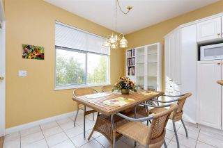 """Photo 7: 152 2979 PANORAMA Drive in Coquitlam: Westwood Plateau Townhouse for sale in """"Deercrest Estates"""" : MLS®# R2411444"""