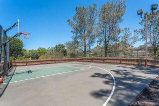 Photo 2: LA JOLLA Property for sale: 6099 La Jolla Scenic Dr S