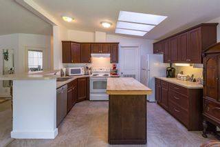 Photo 13: 4734 Wimbledon Rd in : CR Campbell River South Manufactured Home for sale (Campbell River)  : MLS®# 869491