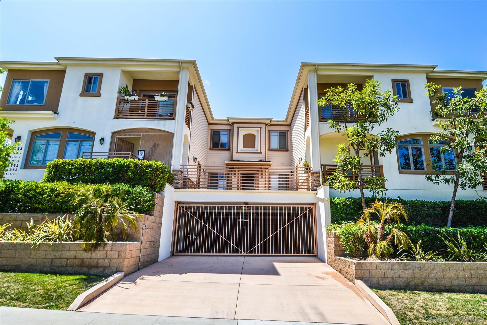 Main Photo: PACIFIC BEACH Condo for sale : 2 bedrooms : 1361 La Palma St in San Diego