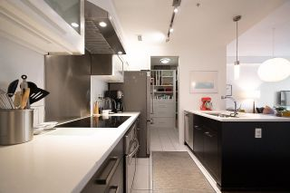 """Photo 11: 182 E 17TH Avenue in Vancouver: Main Townhouse for sale in """"3333 MAIN"""" (Vancouver East)  : MLS®# R2590115"""