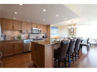 """Photo 12: 911 1450 PENNYFARTHING Drive in Vancouver: False Creek Condo for sale in """"HARBOUR COVE"""" (Vancouver West)  : MLS®# V1045664"""