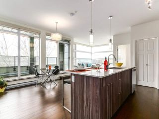 """Photo 8: 314 2250 COMMERCIAL Drive in Vancouver: Grandview VE Condo for sale in """"Marquee on Commercial"""" (Vancouver East)  : MLS®# R2154734"""
