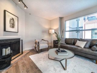 "Photo 8: 3 877 W 7TH Avenue in Vancouver: Fairview VW Townhouse for sale in ""Emerald Estates"" (Vancouver West)  : MLS®# R2565907"