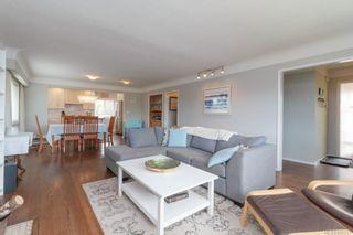 Photo 9: 575 E Burnside Rd in Victoria: Vi Burnside House for sale : MLS®# 845217