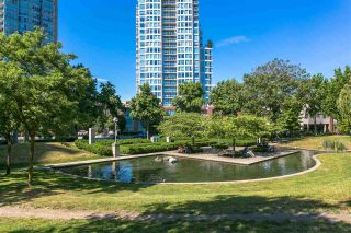 """Photo 1: 1101 58 KEEFER Place in Vancouver: Downtown VW Condo for sale in """"FIRENZE"""" (Vancouver West)  : MLS®# R2183536"""