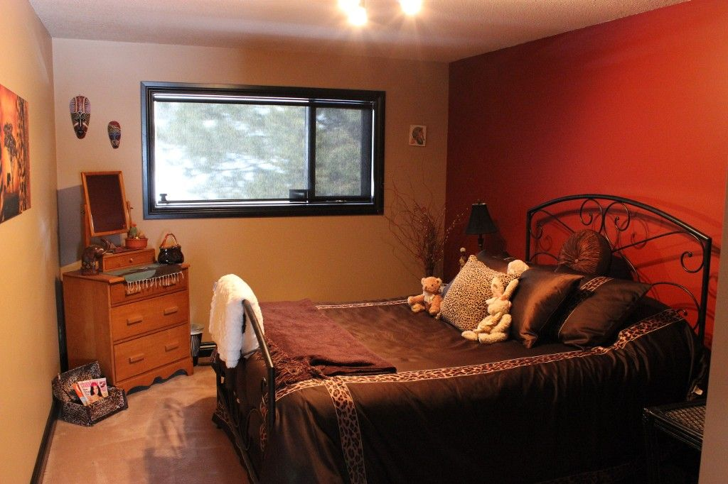 Photo 19: Photos: 3472 Navatanee Drive in Kamloops: South Thompson House for sale : MLS®# 130771