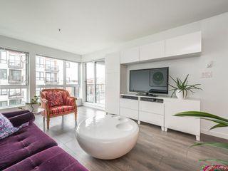 Photo 3: 406 528 Pandora Ave in Victoria: Vi Downtown Condo for sale : MLS®# 837056