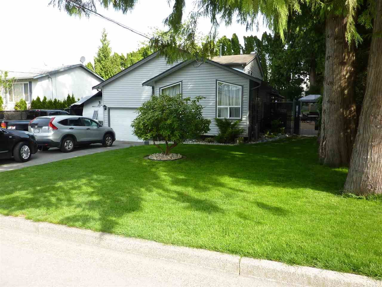 Main Photo: 32275 MCRAE Avenue in Mission: Mission BC House for sale : MLS®# R2264302