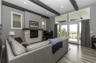 """Photo 5: 6251 REXFORD Drive in Chilliwack: Promontory House for sale in """"JINKERSON VISTAS"""" (Sardis)  : MLS®# R2527635"""