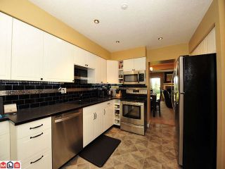 Photo 2: 31 3015 TRETHEWEY Street in Abbotsford: Abbotsford West Townhouse for sale