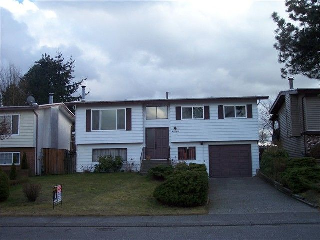 "Main Photo: 32098 AUSTIN Avenue in Abbotsford: Abbotsford West House for sale in ""FAIRFIELD"" : MLS®# F1404394"