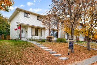 Photo 3: 147 BERWICK Way NW in Calgary: Beddington Heights Semi Detached for sale : MLS®# A1040533