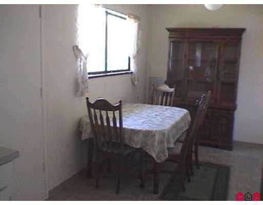 "Photo 5: Photos: 11699 85A Avenue in Delta: Annieville 1/2 Duplex for sale in ""KENNEDY"" (N. Delta)  : MLS®# F2727583"
