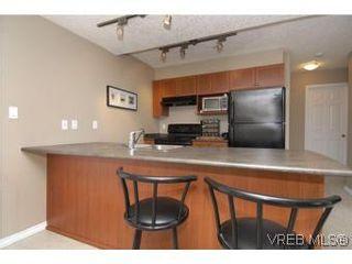 Photo 8: 407 2823 Jacklin Rd in VICTORIA: La Langford Proper Condo for sale (Langford)  : MLS®# 520388