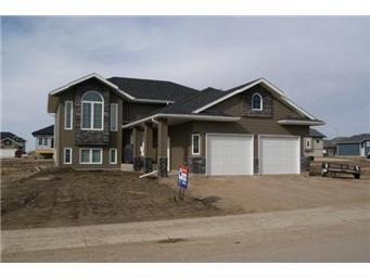 Main Photo: 414 Hogan Way: Warman Single Family Dwelling for sale (Saskatoon NW)  : MLS®# 390772