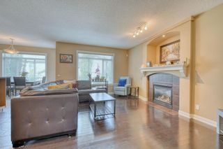 Photo 5: 184 EVEROAK Close SW in Calgary: Evergreen Detached for sale : MLS®# A1025085