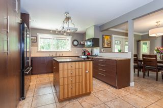Photo 9: 17256 62 AVENUE in Surrey: Cloverdale BC House for sale (Cloverdale)  : MLS®# R2090763