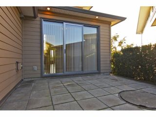 "Photo 5: 20 2603 162ND Street in Surrey: Grandview Surrey Townhouse for sale in ""Vinterra"" (South Surrey White Rock)  : MLS®# F1324366"
