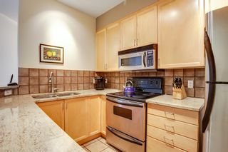 Photo 10: 2040 35 Avenue SW in Calgary: Town House for sale : MLS®# C3617134