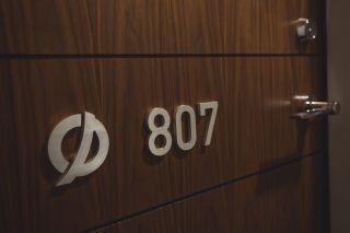 Photo 10: 807 13750 100 Avenue in Surrey: Whalley Condo for sale (North Surrey)  : MLS®# R2557475