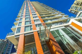 "Photo 3: 3301 1351 CONTINENTAL Street in Vancouver: Downtown VW Condo for sale in ""Maddox"" (Vancouver West)  : MLS®# R2565747"