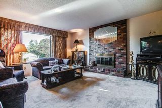 Photo 5: 12301 GREENWELL Street in Maple Ridge: East Central House for sale : MLS®# R2205410