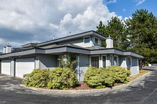 "Photo 1: 22 16180 86 Avenue in Surrey: Fleetwood Tynehead Townhouse for sale in ""FLEETWOOD GATES"" : MLS®# R2486620"