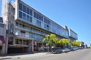 """Photo 36: PH610 1540 W 2ND Avenue in Vancouver: False Creek Condo for sale in """"The Waterfall Building"""" (Vancouver West)  : MLS®# R2580752"""