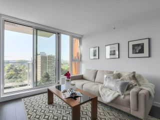 Photo 3: 803 955 E HASTINGS STREET in Vancouver: Hastings Condo for sale (Vancouver East)  : MLS®# R2317491