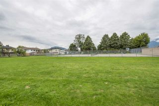 Photo 5: 45323 LENORA Crescent in Chilliwack: Chilliwack W Young-Well House for sale : MLS®# R2385943