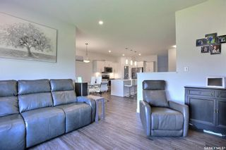 Photo 13: 9 Lookout Drive in Pilot Butte: Residential for sale : MLS®# SK861091