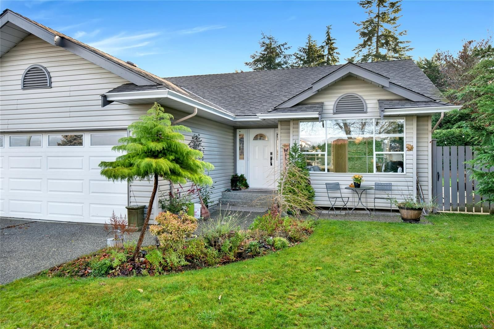 Main Photo: 5844 Cutter Pl in : Na North Nanaimo House for sale (Nanaimo)  : MLS®# 871042